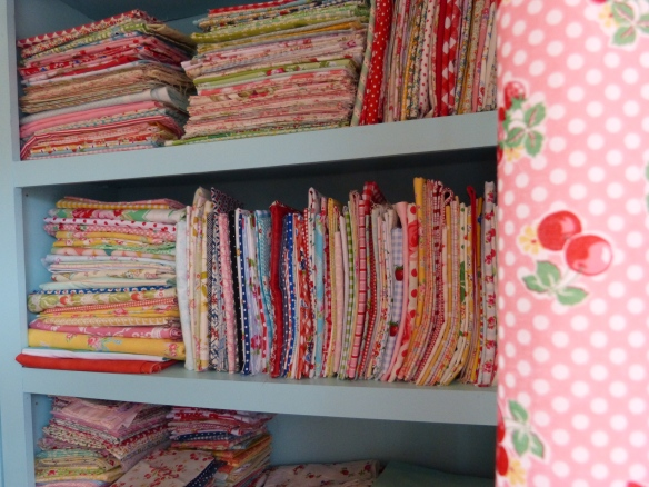 Show me your quilt fabric stash